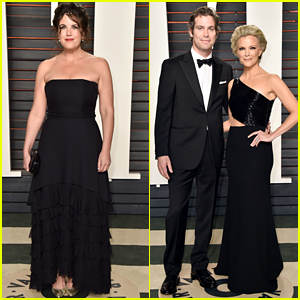 Megyn Kelly & Monica Lewinsky Match in Black at Vanity Fair Oscar Party