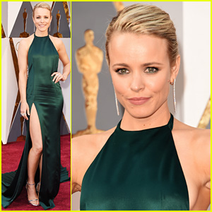 Rachel McAdams Shows Off Leg on Oscars 2016 Red Carpet!