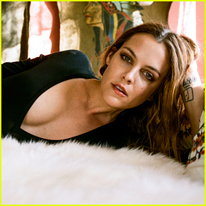 Riley Keough Tells 'Esquire' She Doesn't Think About Being Elvis Presley's Granddaughter