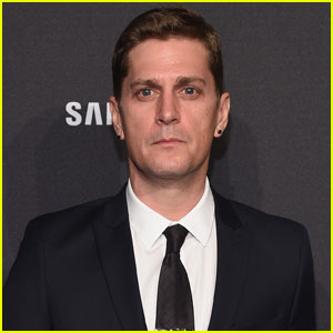 Singer Rob Thomas Apologizes for Making Insensitive Joke
