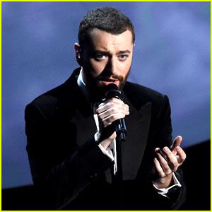 Sam Smith Performs James Bond Song at Oscars 2016 (Video)