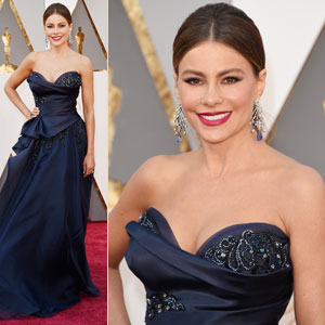 Sofia Vergara Arrives for Oscars 2016 Sans Joe Manganiello