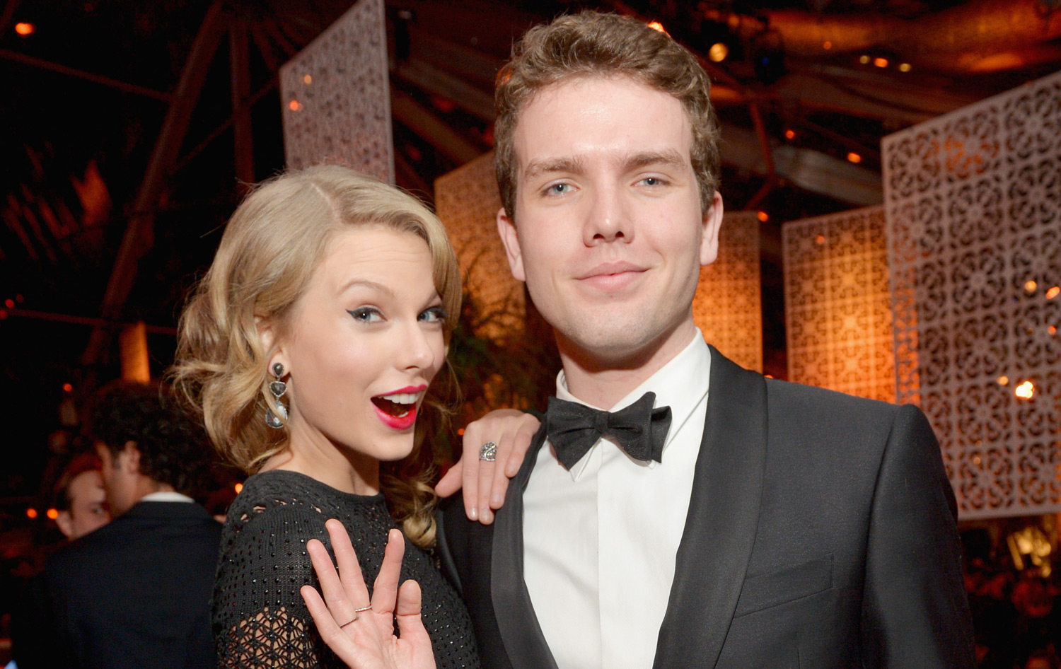 Austin Swift is a photographer - facts about taylor swift