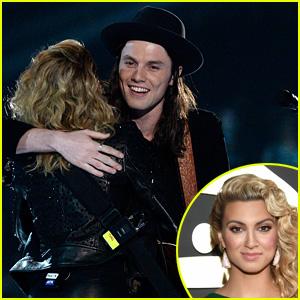 Tori Kelly & James Bay's Grammys 2016 Duet Performance