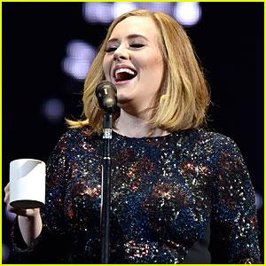 Adele Slams People Who Pressure Women Into Breastfeeding