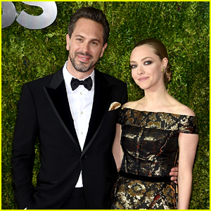 Amanda Seyfried Is Officially Dating Her 'Last Word' Co-Star Thomas Sadoski