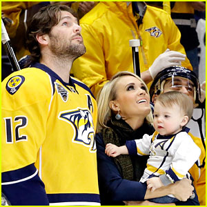 Carrie Underwood & Baby Isaiah Support Mike Fisher at His 1,000th NHL Hockey Game!