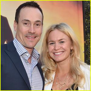 Chris Klein & His Wife Laina Are Expecting!