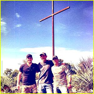 Chris Pratt Erected a Giant Metal Cross on Easter Sunday