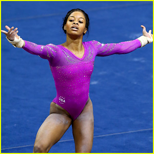Gabby Douglas Wows with American Cup Floor Routine! (Video)