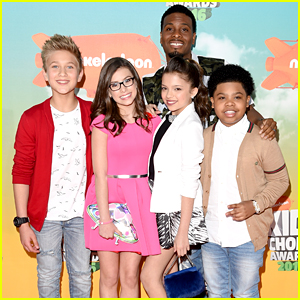 Kel Mitchell & 'Game Shakers' Cast Bring Video Games to Life at Kids Choice Awards 2016