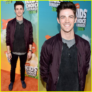 Grant Gustin Hangs With Meghan Trainor at the Kids Choice Awards 2016