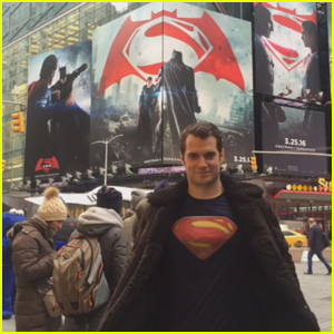 Henry Cavill Wears 'Superman' Shirt in NYC, No One Notices
