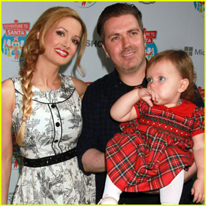 Holly Madison Reveals the Gender of Baby Number Two!