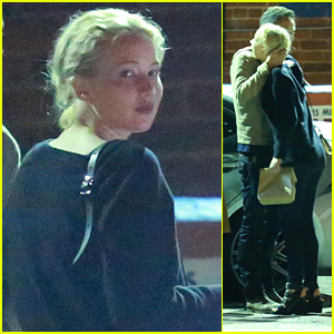 Jennifer Lawrence Dines Out with Friends After 'X-Men Apocalypse' Poster Debut