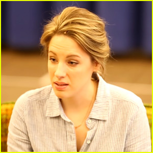 Jessie Mueller Sings Sara Bareilles' 'She Used to Be Mine' During 'Waitress' Rehearsal (Video)