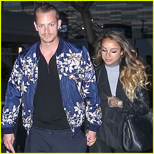Joel Kinnaman & Girlfriend Cleo Wattenstrom Catch the Lakers Game Together