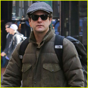 Joshua Jackson Finishes Up Final Performance in 'Smart People'