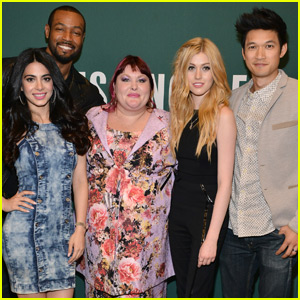 ‎Katherine McNamara & 'Shadowhunters' Cast Support Author Cassandra Clare