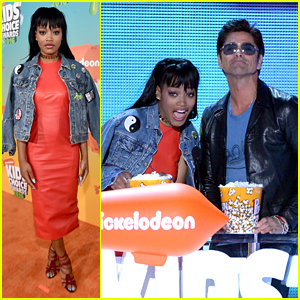 Keke Palmer & John Stamos Throw Popcorn Confetti at Kids Choice Awards 2016