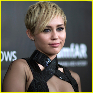 Miley Cyrus Takes Gwen Stefani's Coach Position On 'The Voice'