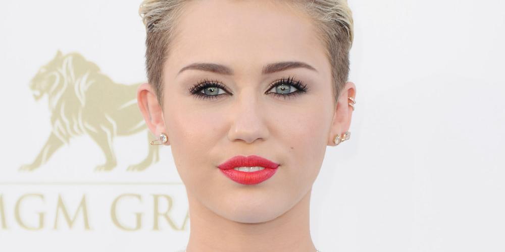 Miley Cyrus Takes Gwen... Miley Cyrus