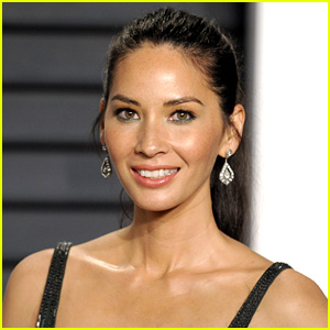 Olivia Munn In Talks to Join 'Office Christmas Party' with All-Star Cast!