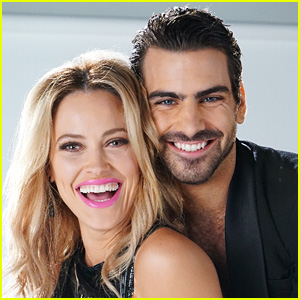 Peta Murgatroyd Explains How She's Teaching Deaf Model Nyle DiMarco to Dance on 'DWTS'