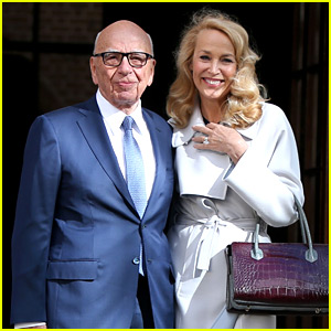 Rupert Murdoch & Jerry Hall Are Married - See Her Ring!