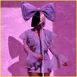 Sia Performs 'Cheap Thrills' Live on 'American Idol' (Video)