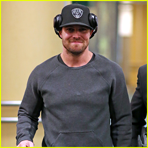 Stephen Amell Swears at Worst Time - Watch Now!