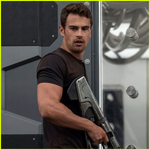 Theo James Gives a Gun Show in Exclusive 'Allegiant' Photos