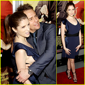 Anna Kendrick Hits 'Mr. Right' Premiere With Sam Rockwell