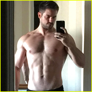 Brant Daugherty Goes Shirtless to Flaunt Buff 'Fifty Shades' Bod