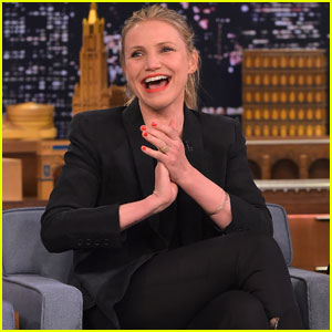 Cameron Diaz Taught Gwyneth Paltrow to Blow Dry Her Hair