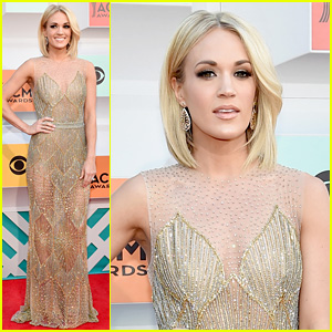 Carrie Underwood Arrives in Style for ACM Awards 2016!