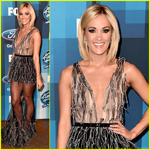 Carrie Underwood Wears Sheer Dress to 'American Idol' Finale