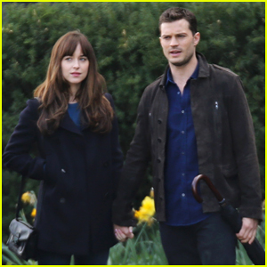 Dakota Johnson & Jamie Dornan Hold Hands for More 'Fifty Shades' Filming