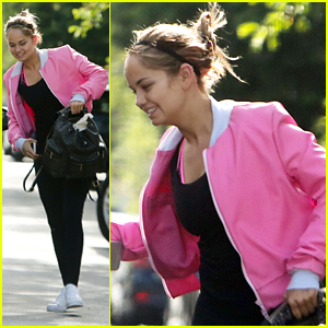 Debby Ryan Gets Lift From Friend To Workout Class