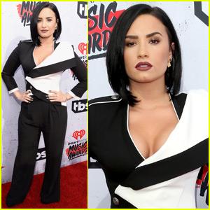 Demi Lovato Rocks the iHeartRadio Music Awards 2016 Red Carpet