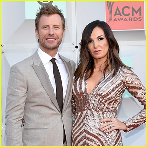 Dierks Bentley Amp Wife Cassidy Black Attend Acm Awards 2016
