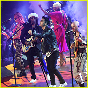 DNCE Performs 'Cake By the Ocean' at iHeartRadio Music Awards 2016 - Watch Now!