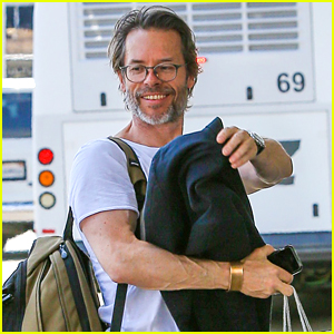 Guy Pearce Steps Out After News That He's Expecting!