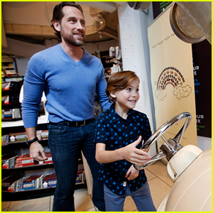 Jacob Tremblay & Dad Work at Hershey's Chocolate for a Day!