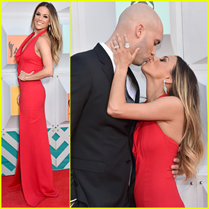 Jana Kramer Walks Carpet with Husband Michael Caussin, Shows off Post-Baby Body at ACM Awards 2016
