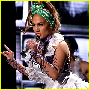 Jennifer Lopez Performs 'Ain't Your Mama' & 'Let's Get Loud' at 'Idol' Finale (Video)