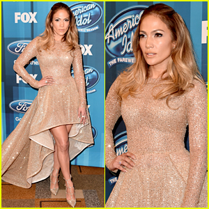 Jennifer Lopez Stuns in Sparkly Dress at 'American Idol' Finale!