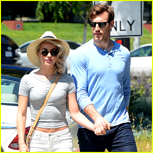 Brooks Laich Has Beach Workout Plans With Fiance Julianne Hough