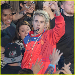 Justin Bieber Performs 'Company' at iHeartRadio Music Awards 2016 (Video)