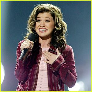 Kelly Clarkson Live Tweets 'American Idol' Series Finale!